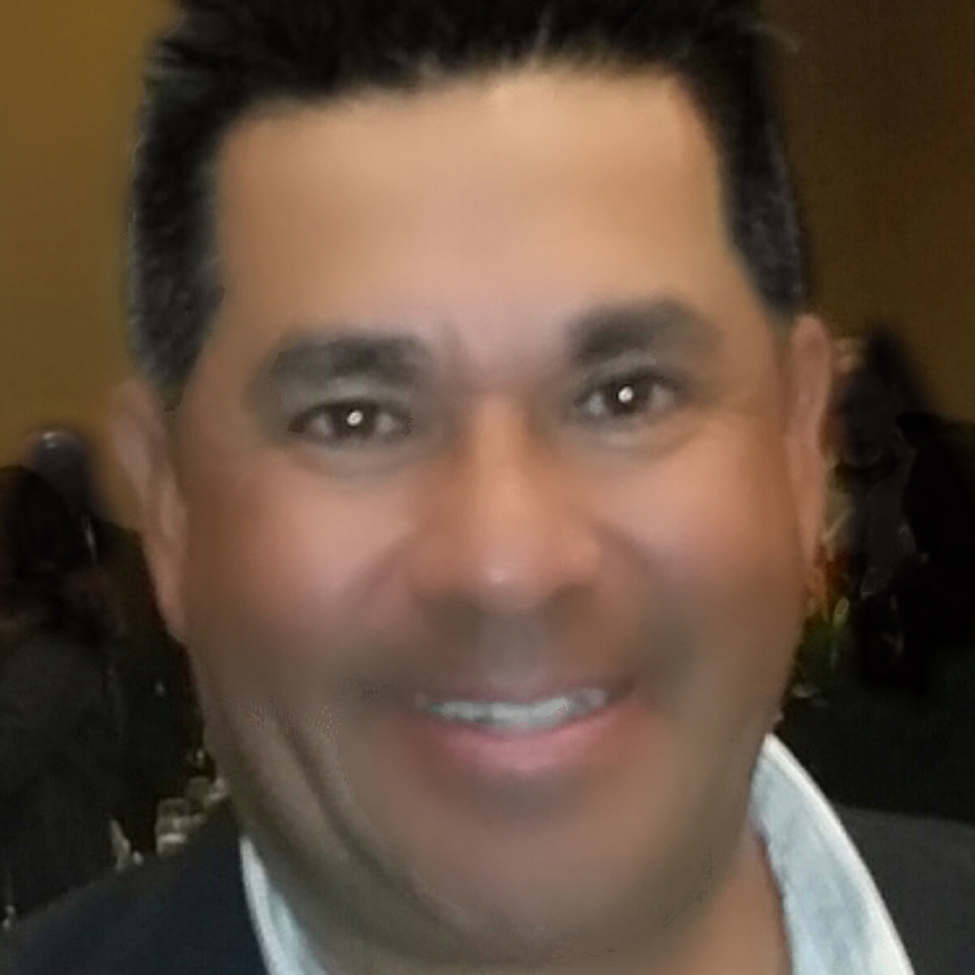Tom Vega